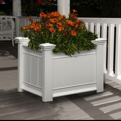 "27""W x 21""D x 21""H, Barcelona Patio Planter Box"