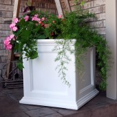 "20""W x 20""D x 20""H, Fairfield Patio Planter"